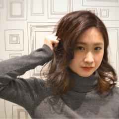 パーマ 透明感 フェミニン セミロング ヘアスタイルや髪型の写真・画像