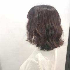 透明感カラー ミディアム ナチュラル アッシュベージュ ヘアスタイルや髪型の写真・画像