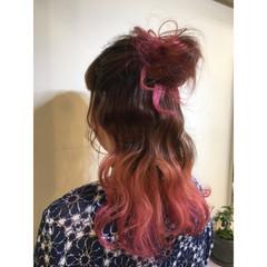 ハーフアップ ピンク パープル アッシュバイオレット ヘアスタイルや髪型の写真・画像