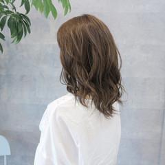 こなれ感 艶髪 ナチュラル ミディアム ヘアスタイルや髪型の写真・画像