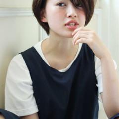 小顔 外国人風カラー ストリート ナチュラル ヘアスタイルや髪型の写真・画像