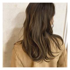 大人カラー ハイライト セミロング 大人ハイライト ヘアスタイルや髪型の写真・画像