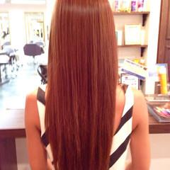 モード ストレート グラデーションカラー マルサラ ヘアスタイルや髪型の写真・画像
