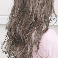 ハイトーン ガーリー ロング ダブルカラー ヘアスタイルや髪型の写真・画像
