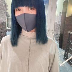ナチュラル エアーストレート アッシュグレージュ ブルーアッシュ ヘアスタイルや髪型の写真・画像