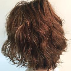 色気 ゆるふわ アッシュ 外国人風 ヘアスタイルや髪型の写真・画像