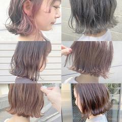 ピンクベージュ ミニボブ インナーカラー ナチュラル ヘアスタイルや髪型の写真・画像