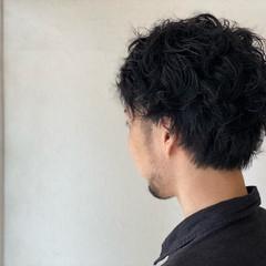 メンズパーマ メンズカジュアル メンズスタイル メンズ ヘアスタイルや髪型の写真・画像