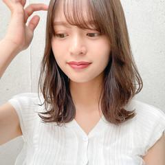 小顔ヘア 透明感 くびれカール ナチュラル ヘアスタイルや髪型の写真・画像