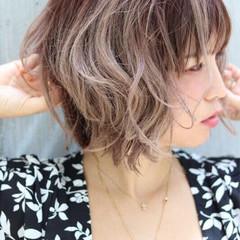 ヘアアレンジ フェミニン エフォートレス ナチュラル ヘアスタイルや髪型の写真・画像