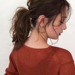 セミロング 後れ毛 ヘアアレンジ ポニーテール ヘアスタイルや髪型の写真・画像