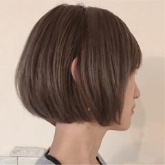 外国人風カラー バレイヤージュ ボブ モード ヘアスタイルや髪型の写真・画像