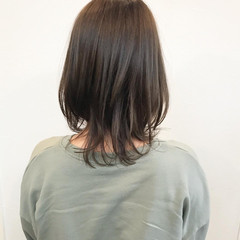 ミディアム ミディ ナチュラル 鎖骨ミディアム ヘアスタイルや髪型の写真・画像