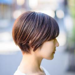 ショートボブ ベリーショート 切りっぱなしボブ ショート ヘアスタイルや髪型の写真・画像