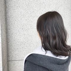 ブルーアッシュ ナチュラル 黒髪 ミディアム ヘアスタイルや髪型の写真・画像