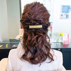 大人女子 セミロング フェミニン 結婚式 ヘアスタイルや髪型の写真・画像