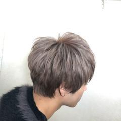 ブリーチカラー ミルクティー ナチュラル 派手髪 ヘアスタイルや髪型の写真・画像