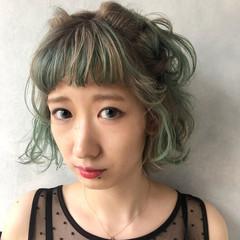 ショート ハイトーン 個性的 ホワイト ヘアスタイルや髪型の写真・画像
