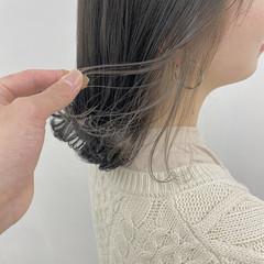 アッシュベージュ グレージュ ミディアム 透明感カラー ヘアスタイルや髪型の写真・画像
