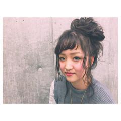 ルーズ セミロング アッシュ ヘアアレンジ ヘアスタイルや髪型の写真・画像