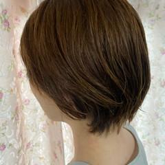 フェミニン ゆるふわパーマ ショートヘア ショートボブ ヘアスタイルや髪型の写真・画像