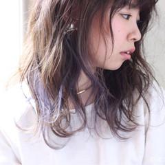 ダブルカラー インナーカラー ミディアム 大人かわいい ヘアスタイルや髪型の写真・画像