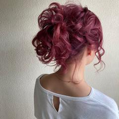 ポニーテール セミロング ストリート ハイトーンカラー ヘアスタイルや髪型の写真・画像