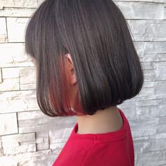 モード ボブ インナーカラー 切りっぱなしボブ ヘアスタイルや髪型の写真・画像