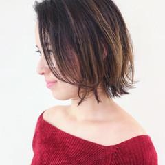 グラデーションカラー エレガント 外ハネ 上品 ヘアスタイルや髪型の写真・画像