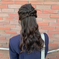 お呼ばれヘア ヘアアレンジ ふわふわヘアアレンジ ハーフアップ ヘアスタイルや髪型の写真・画像