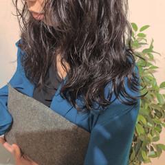 巻き髪 ロング カジュアル ナチュラル ヘアスタイルや髪型の写真・画像