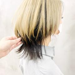 ナチュラル デザインカラー ツートンカラー ウルフカット ヘアスタイルや髪型の写真・画像