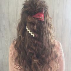 ふわふわ ガーリー ロング 波ウェーブ ヘアスタイルや髪型の写真・画像