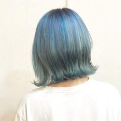 ミディアム ストリート ホワイト ダブルカラー ヘアスタイルや髪型の写真・画像