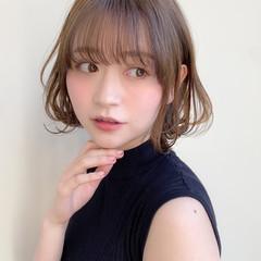 ミディアム アンニュイほつれヘア 髪質改善トリートメント ナチュラル ヘアスタイルや髪型の写真・画像