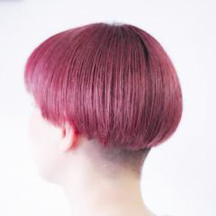 ベリーピンク ナチュラル ボブ 切りっぱなしボブ ヘアスタイルや髪型の写真・画像