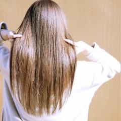 パーマ ナチュラル セミロング ストレート ヘアスタイルや髪型の写真・画像