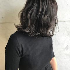 ウェーブ ハイライト 透明感 外国人風 ヘアスタイルや髪型の写真・画像