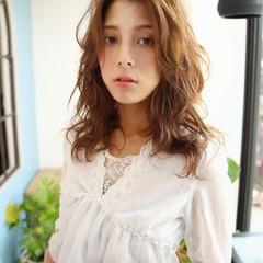 簡単 大人かわいい ロング 外国人風 ヘアスタイルや髪型の写真・画像