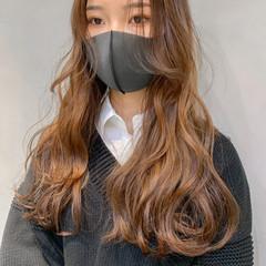 ハイトーンカラー シアーベージュ 韓国ヘア ナチュラル ヘアスタイルや髪型の写真・画像