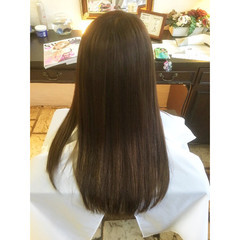 ガーリー 暗髪 グレージュ ブルージュ ヘアスタイルや髪型の写真・画像
