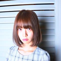ショートボブ ミニボブ フェミニン ベリーショート ヘアスタイルや髪型の写真・画像