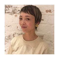 フェミニン ウルフ ショート 3Dハイライト ヘアスタイルや髪型の写真・画像