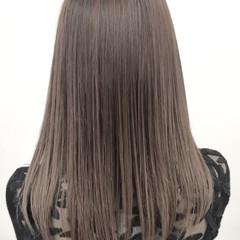アッシュグレージュ 外国人風カラー グレージュ セミロング ヘアスタイルや髪型の写真・画像