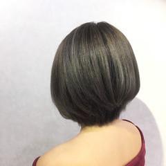 秋 ボブ アッシュ グレージュ ヘアスタイルや髪型の写真・画像