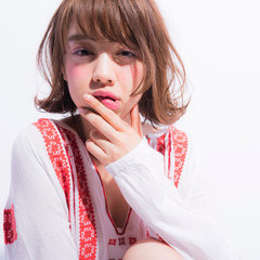 ミディアム ナチュラル 前髪あり 大人かわいい ヘアスタイルや髪型の写真・画像