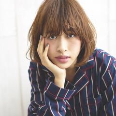 暗髪 前髪あり モード レイヤーカット ヘアスタイルや髪型の写真・画像
