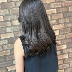 ロング ナチュラル N.オイル ブルーアッシュ ヘアスタイルや髪型の写真・画像