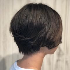 デジタルパーマ 前下がり ショートボブ ショート ヘアスタイルや髪型の写真・画像