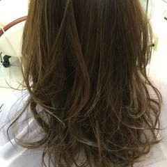 外国人風 グラデーションカラー 大人かわいい ハイライト ヘアスタイルや髪型の写真・画像